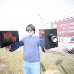 Nervensäge still nerving – Daniel Bangert (NSA Spion Schutzbund) spaziert fröhlich weiter